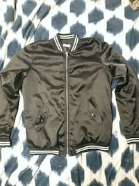 black and white zip-up jacket Winnipeg, R2W 1Z4
