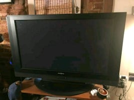 Insignia 42 inch TV with remote and HDMI ports