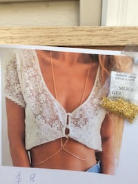 women's white lace scoop-neck crop-top High River, T1V 1Z3