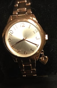 Rose Gold Watch New York, 11385