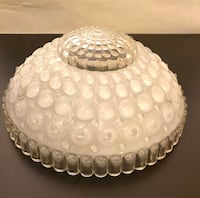 Vintage glass lamp shade Des Moines, 50313