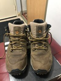 Merrell hiking waterproof boots size 9