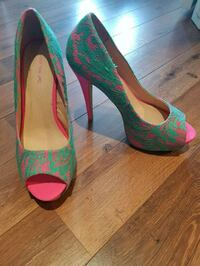 Superb pair of green-and-pink platform high heels  Laval, H7W 0G1