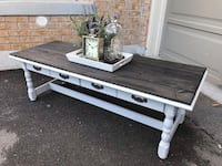 Rustic wood coffee table  Milton, L9T 8A6
