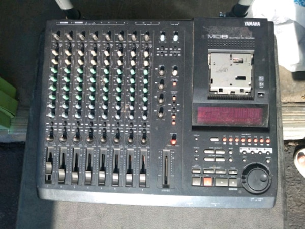 MUST SELL!!! Yamaha MD8 Multitrack MD Recorder