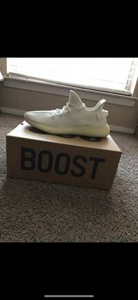 b5421d67a55 Used unpaired black Adidas Yeezy Boost 350 v2 for sale in Wichita ...