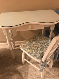 Dressing table and chair. Glass top included.