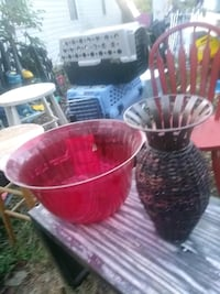 Big plastic Bowl and stand up metal wicker vase