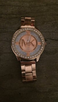 Rose gold michael kors analog watch with link bracelet Mount Pearl, A1N 3W4
