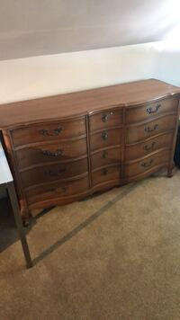Brown wooden 6-drawer dresser Richmond, V7C 4Z6