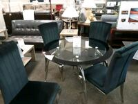 round glass top table with four chairs dining set West Columbia, 29169