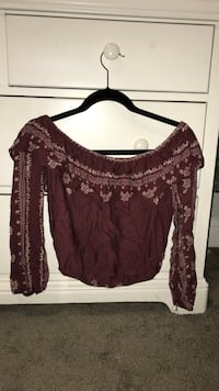 women's maroon floral scoop-neck blouse Northport, 11768