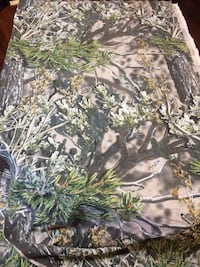 7.5 yards - camo fabric Huntersville, 28078