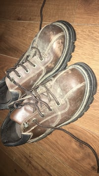 They. Are state street boot  size 9 men's won't fit me cleaned up they like brand new Omaha, 68104