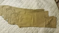 Old Navy 3 pairs of pants size 4  Clifton, 07013
