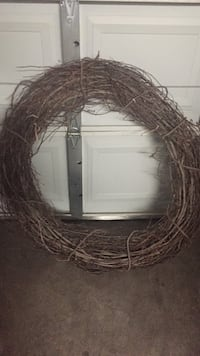 Very large wooden wreath