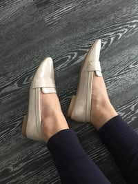 OLD NAVY tan loafers size 6.5 Arlington, 22201