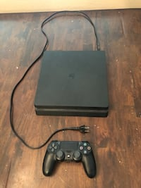 Ps4 slim Gilbert, 85297