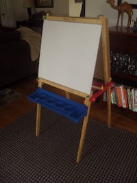 EASEL-  WHITE BOARD & BLACK BOARD Franklin