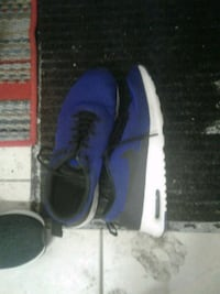 10/10 condition Nike runningnshoes size 9.5 Waterloo, N2L