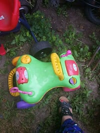 toddler's green and yellow ride-on toy Toronto, M1G 2B7