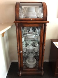 PAIR OF ANTIQUE CURIO CABINETS Henderson, 89052