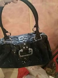 Guess purse London, N6L 0B8