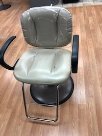Salon chairs. (6 available) Camp Hill, 17011
