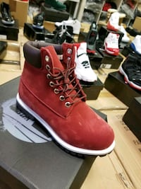 pair of red Timberland work boots Jacksonville, 32209