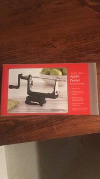 Apple Peeler with vacuum base  Vaughan, L4L 5K2
