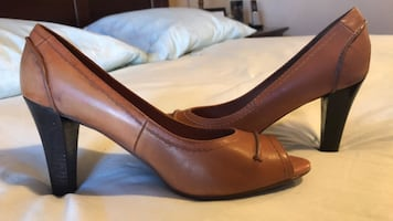 Geox Ladies Dress Shoes. Size 5/6. Willing To Negotiate On Price 100%.
