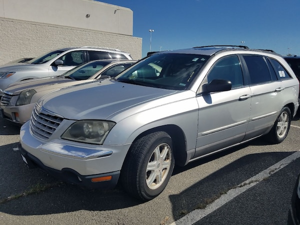 Chrysler - Pacifica - 2005