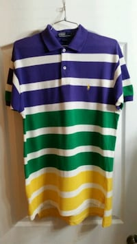 Polo vintage size medium fit  Surrey, V3R