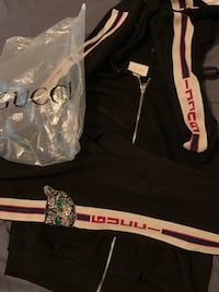Gucci Jacket and pants, couldn't fit it so I'm selling Louisville, 40291