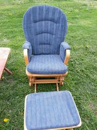 Glider chair with ottoman Earleville, 21919