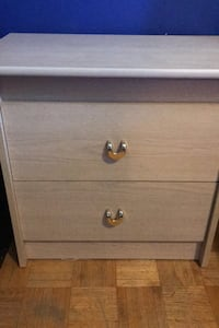 End table with 2 drawers Toronto, M3N 1A1
