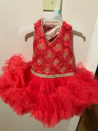 girl's red v-neck sleeveless dress