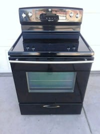 Jenn air Electric 220v stove with glass top 5 burners