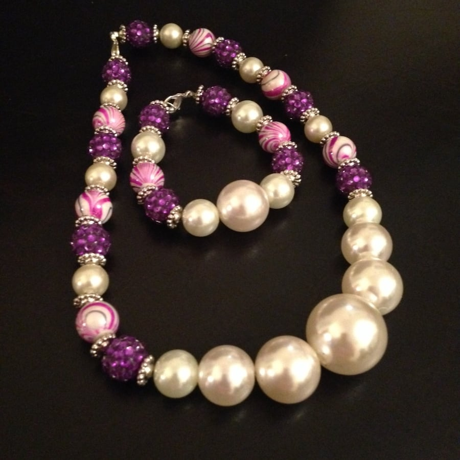 Purple, pink, and pearl necklace set