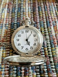 Pocket watch Sioux Falls, 57103