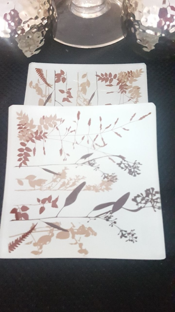 Artistic Side plates - 2 (brand new)