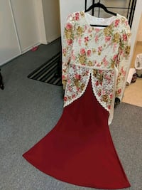 Beautiful maroon dress..size small Richmond Hill, L4C 0B1