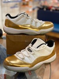 Gold 11 low size 10.5 Silver Spring, 20902