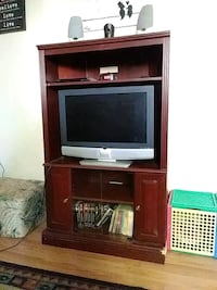 Dark Brown TV Hutch/Entertainment Stand Edmonton, T5W 3X7