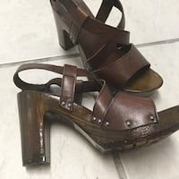 Leather strappy platform sandals, Like new - only worn once to dinner Waycross, 31503
