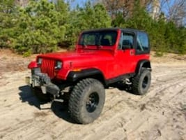 1989 Jeep Wrangler, 6 cylinder, lifted on 35s
