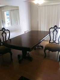 Table and six chairs with server.  Blue Springs, 64014
