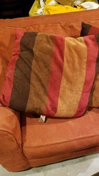 Decorative pillows (4) 80 km