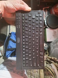 Android wireless bluetooth keyboard.