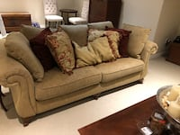 2 couches, with all decorative pillows, coffee and end table Vaughan, L4J 3N5